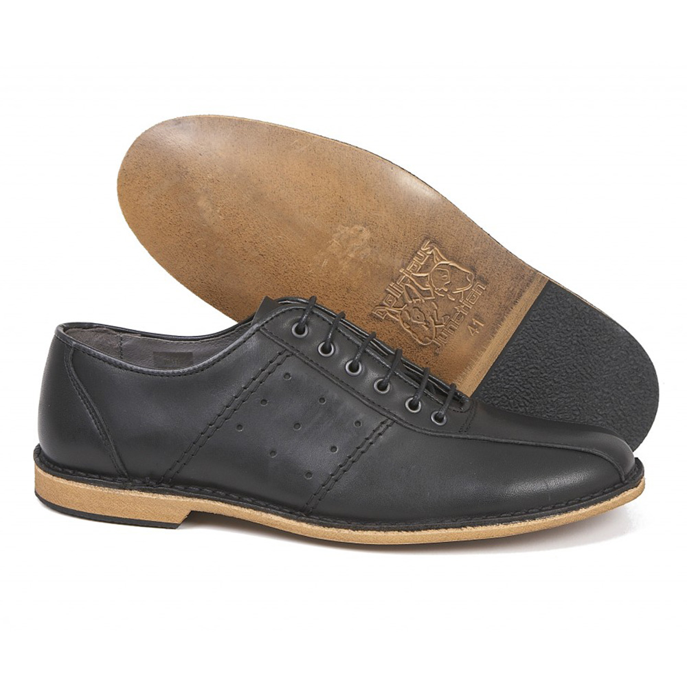 Watts black bowling shoe